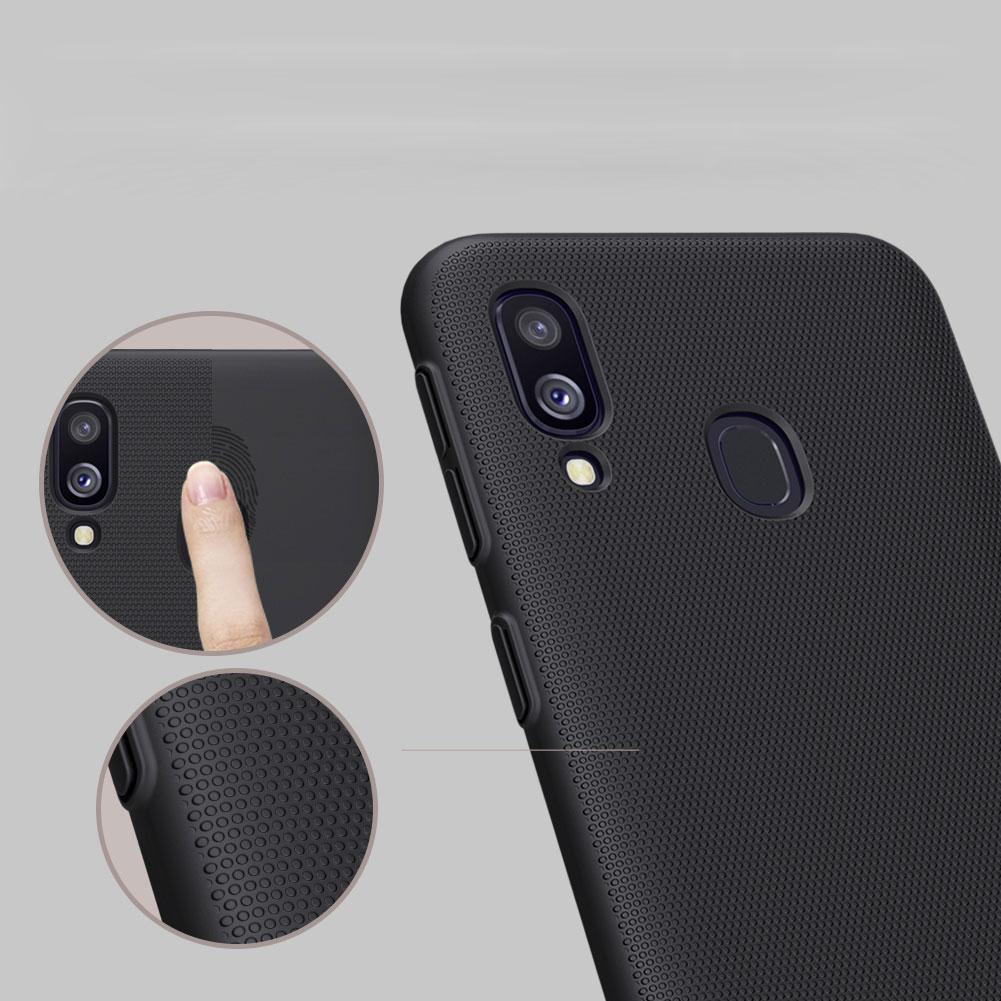 Etui Nillkin Frosted Shield dla Samsung Galaxy A40 - Doskonale leży w dłoni