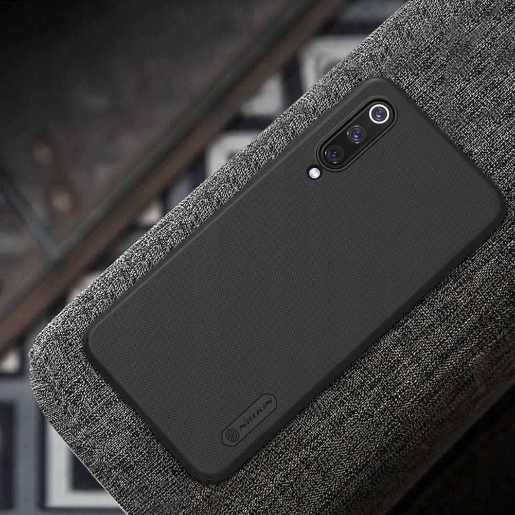 Etui Nillkin Frosted Shield dla Xiaomi Mi 9 SE - Zawartość zestawu: