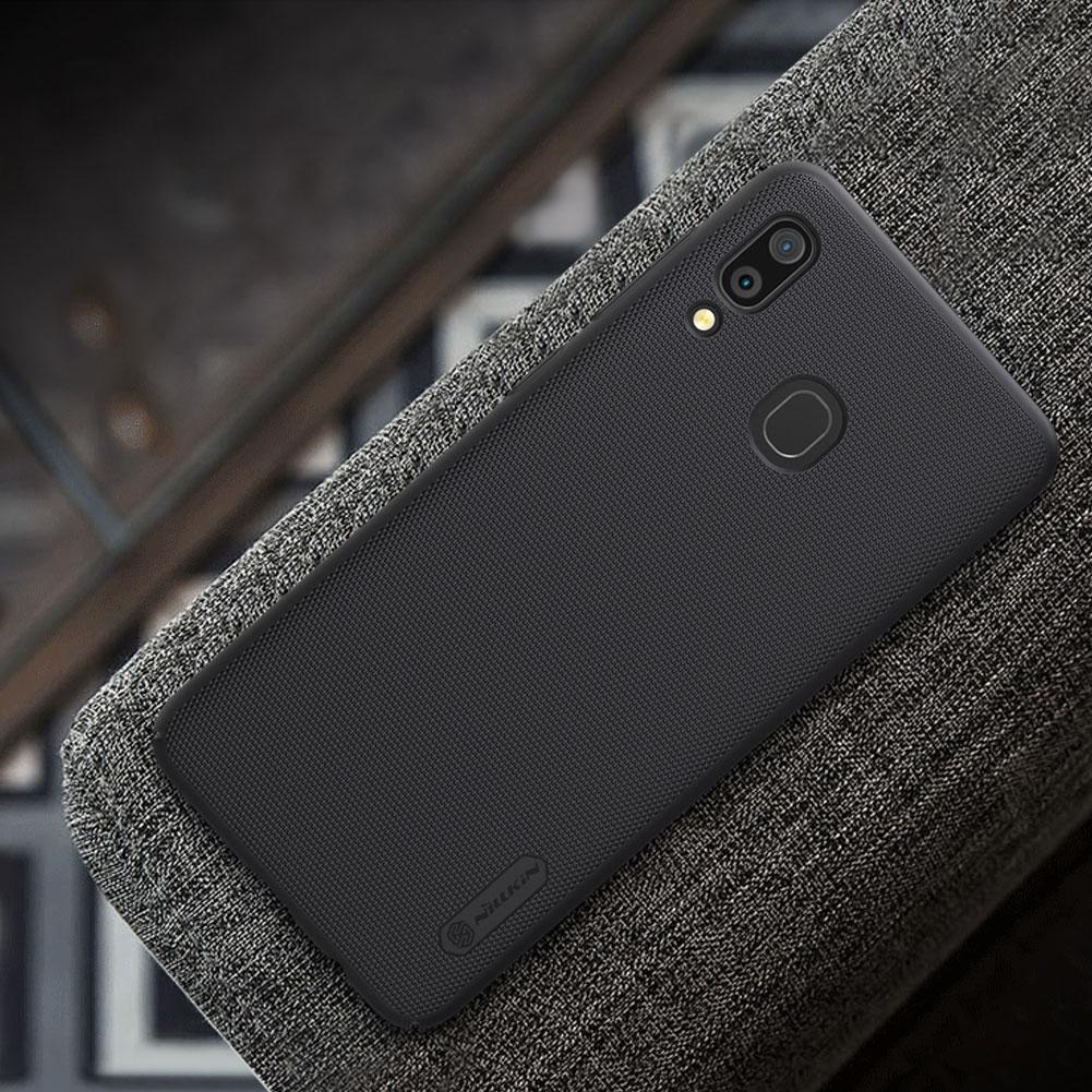 Etui Nillkin Frosted Shield dla Samsung Galaxy A30 - Zawartość zestawu: